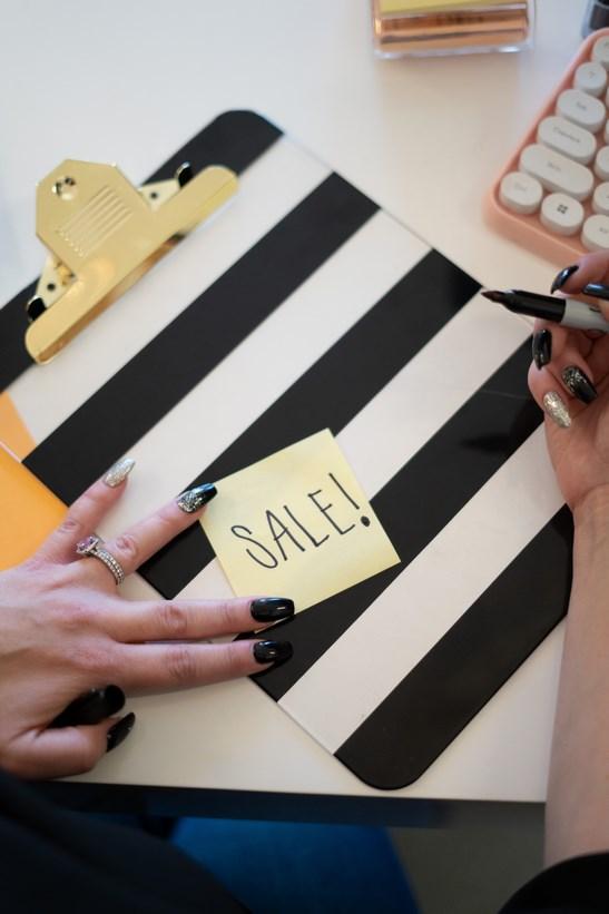 El viernes negro, es sinónimo de compras y rebajas.