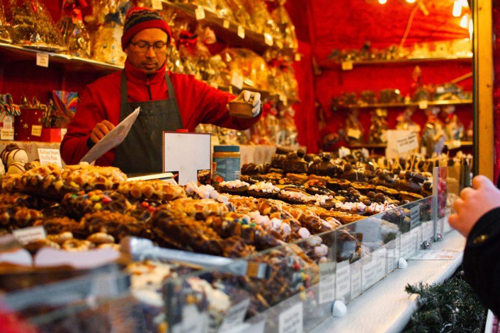 Mercadillo de dulces navideños, Madrid.