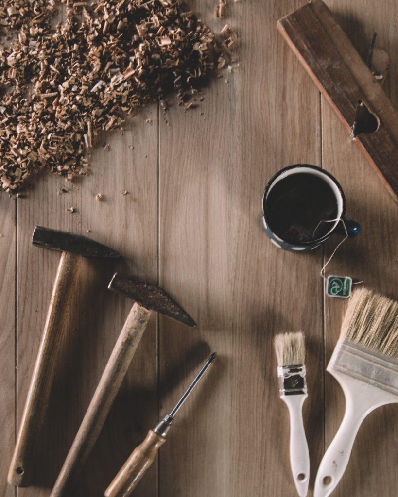 Viviendas con fachadas de madera y Hormigón visto, las más caras de mantener.
