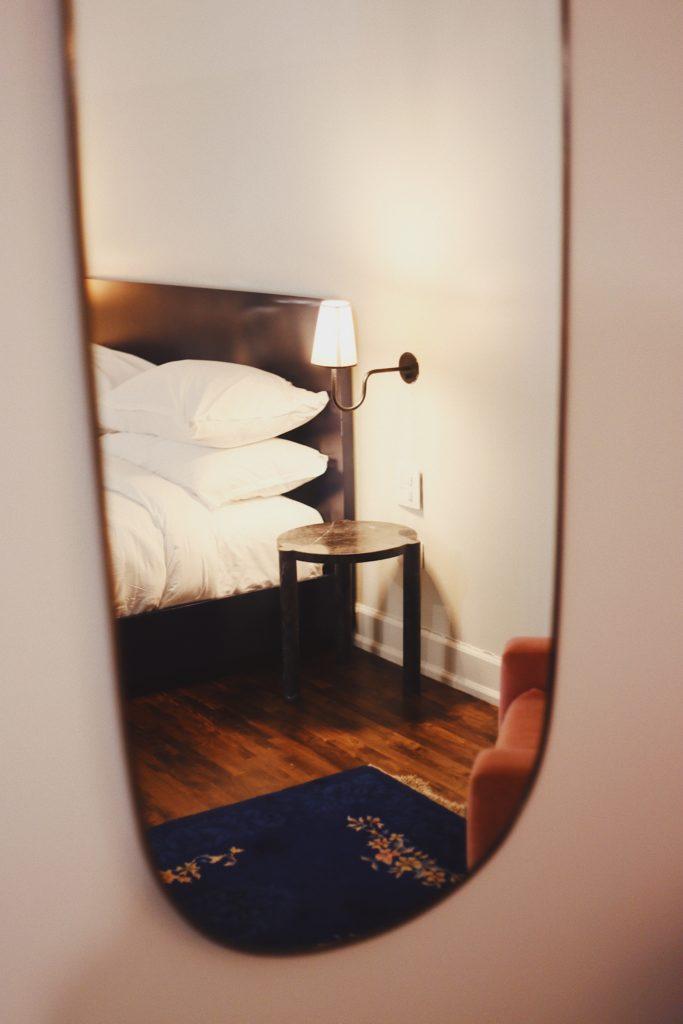 Con los espejos harás magia al reproducir la luz.