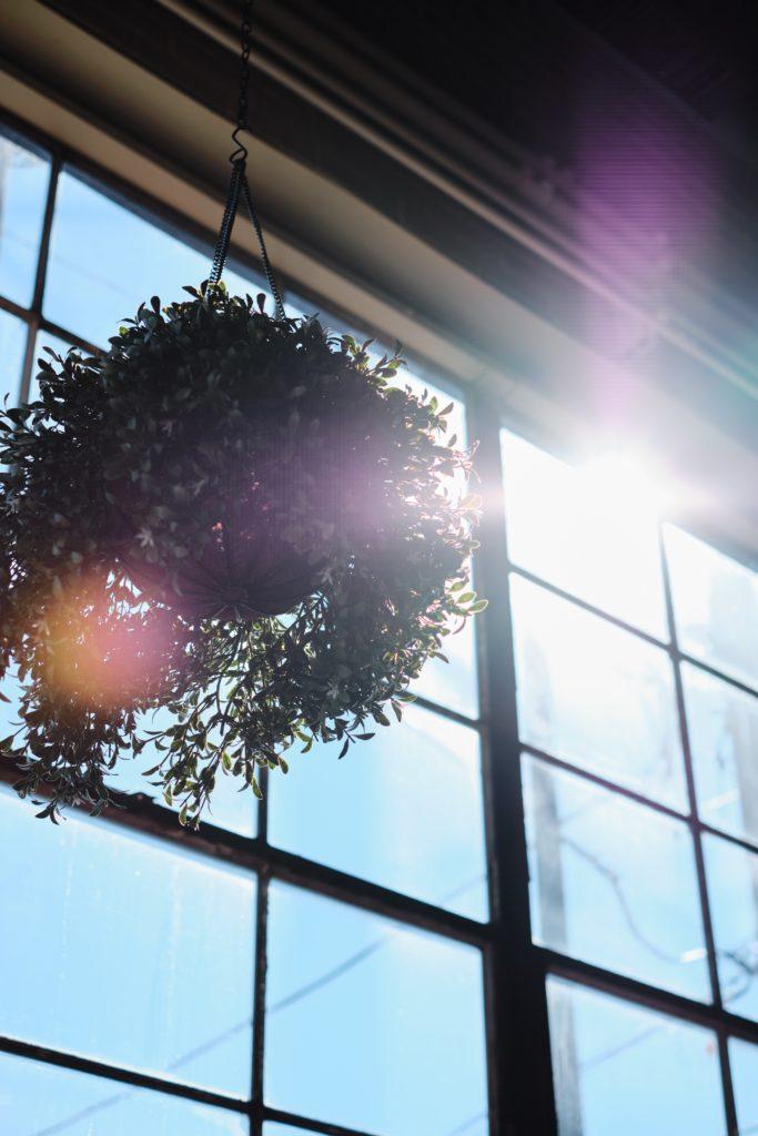 Sólo necesitarás una ventana para aprovechar la energía solar.