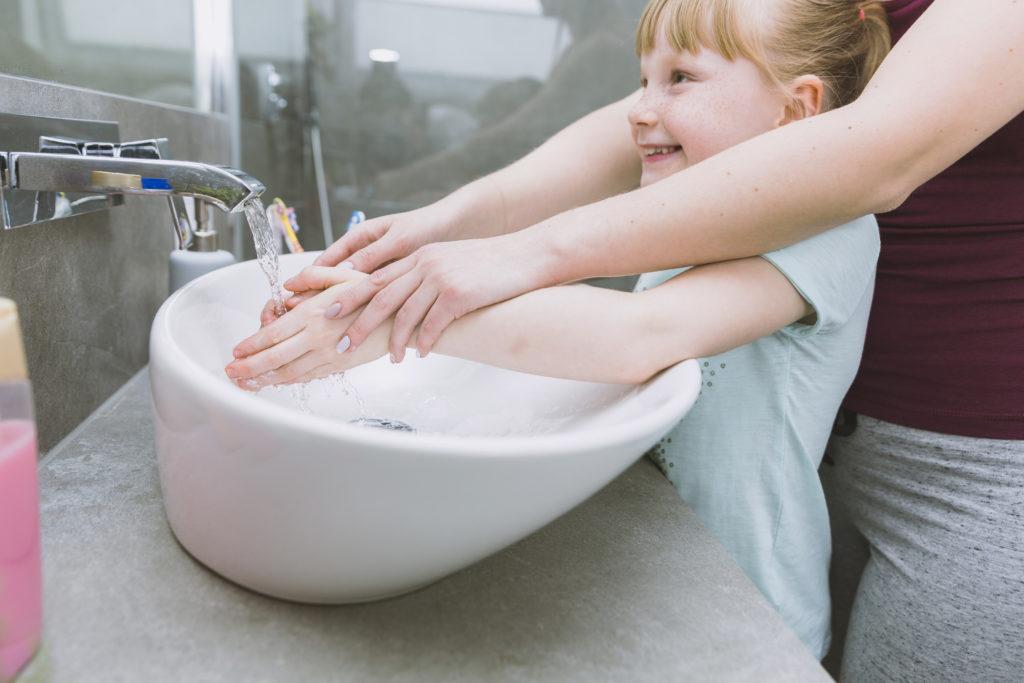 ¡Ahora lavarse la manos en familia es divertido!