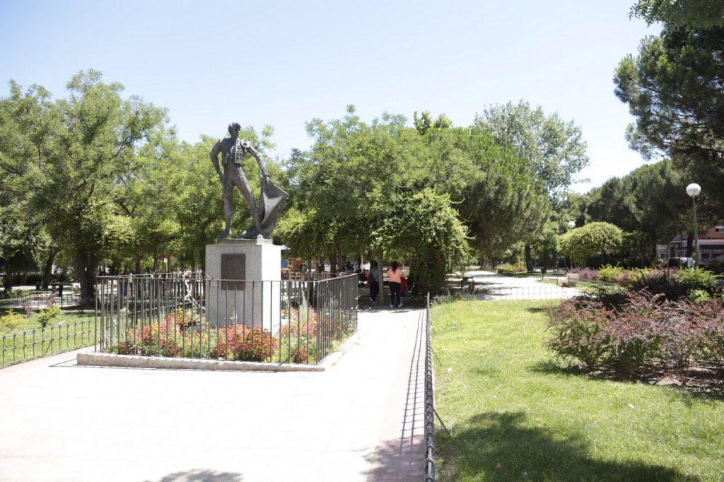 Monumento a José Cubero Yiyo en Canillejas